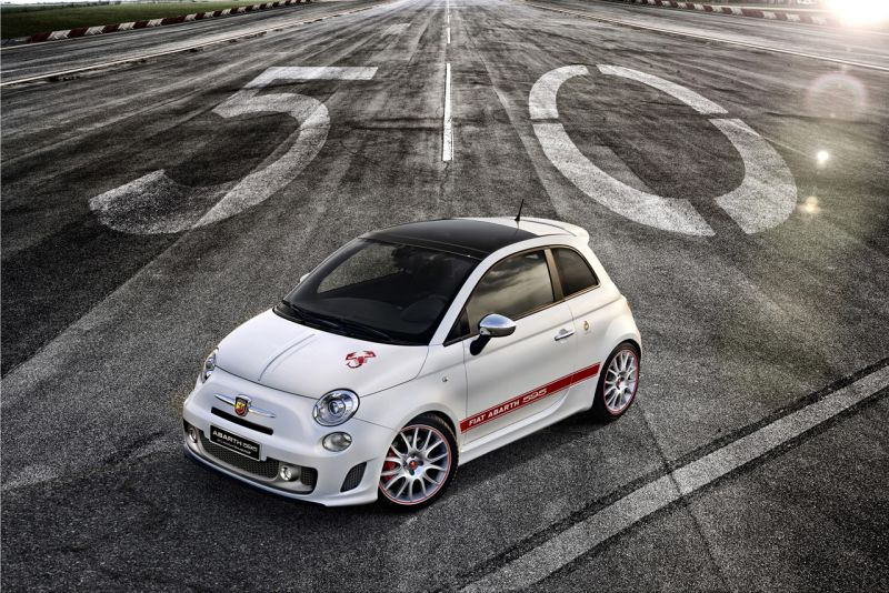 Abarth reviu l'esperit del 595 original