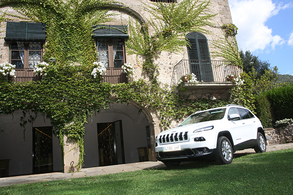 JEEP CHEROKEE 2.2 LIMITED 4X4. Reconversió total