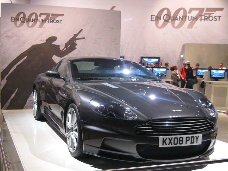 L'Aston Martin de James Bond (Foto: Piotr Włodarczyk / Wikimedia Commons)