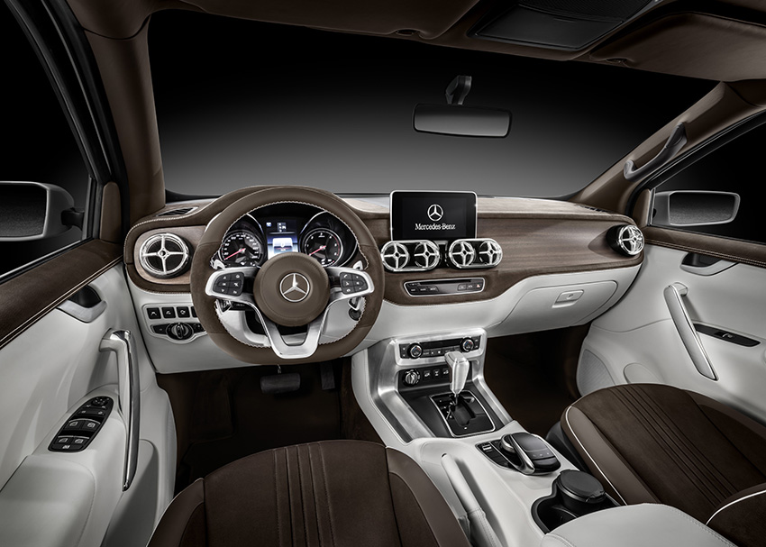 Mercedes-Benz Concept X-CLASS stylish explorer – Interieur, Kombination aus weißem Nappaleder und braunem Nubukleder // Mercedes-Benz Concept X-CLASS stylish explorer – Interior, Mix of white nappa leather and brown nubuck leather