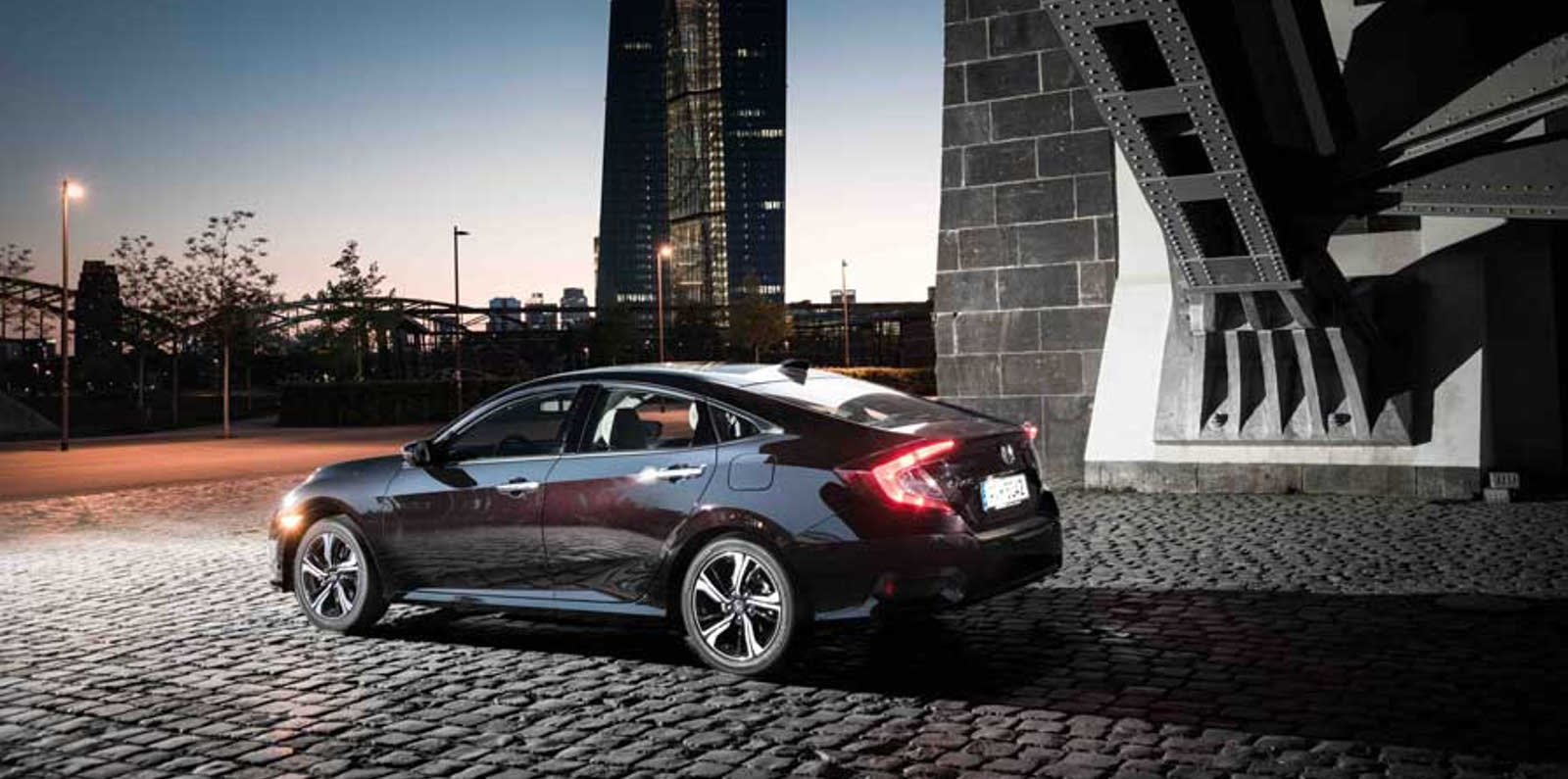 HONDA CIVIC SEDAN Funcionalitat distintiva