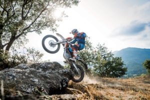 KTM-FREERIDE-E-XC-MY-2018_Action_01