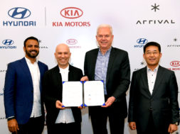 hyundai-kia-vehicles-comercials-electrics