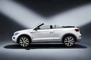 Un T-Roc cabrio de color blanc
