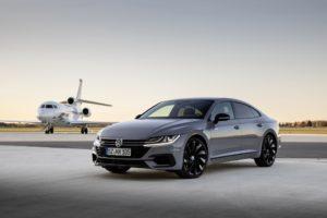 El nou Volkswagen Arteon de color gris