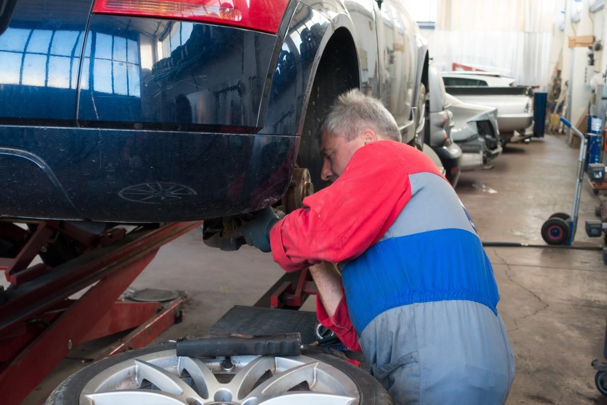 La crisi del coronavirus es cobra més de 50.000 llocs de treball en el sector de l'Automòbil