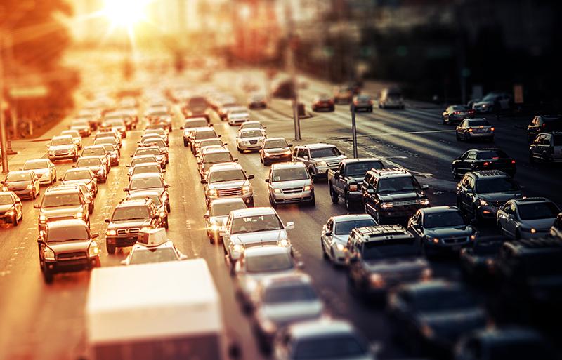 El 20% dels que anaven a treballar en bus o metro farà servir el cotxe