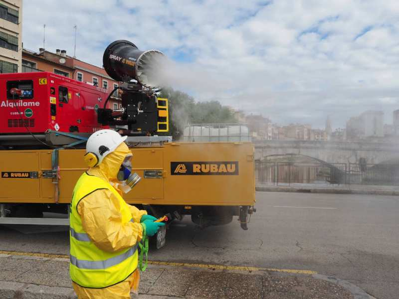 L'Ajuntament de Girona intensifica les tasques de desinfecció a la via pública