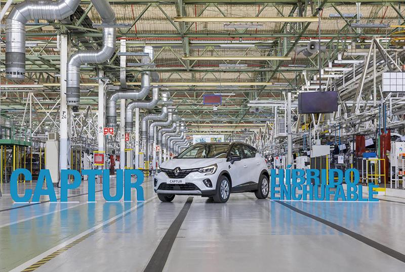 Renault comença a fabricar seu primer híbrid endollable