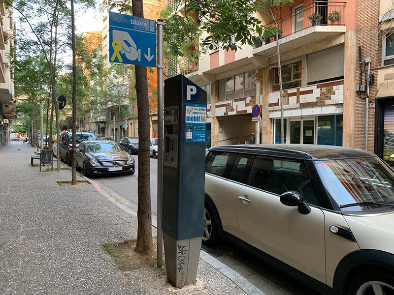 Les zones verdes i blaves d'aparcament tornaran a ser de pagament el proper 11 de maig