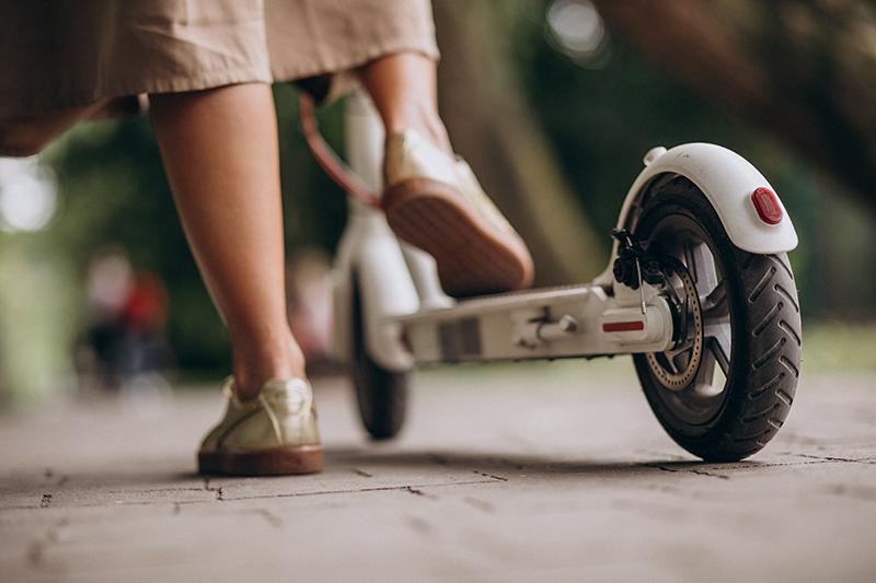 L'Ajuntament de Girona aprova la regulació de les condicions de circulació de patinets i altres vehicles similars de mobilitat personal