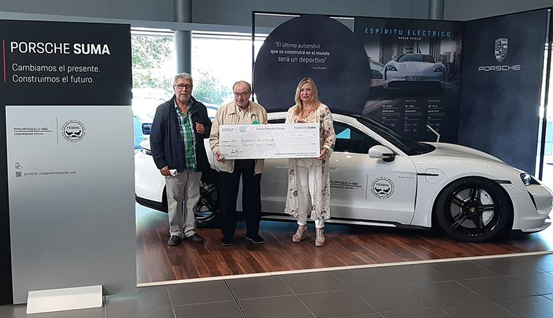 Centro Porsche Girona recapta 13.000 euros per al Banc d'Aliments de Girona