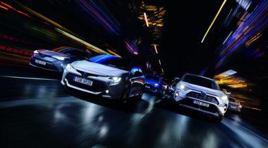toy-hybrid20-hub-brand-img-kv-landscape-cmyk