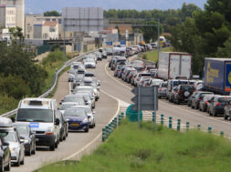 Alt Emporda: Cues d 'estiu entre Vilasacra i Borrassa