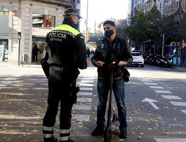 Entra en vigor la nova ordenança que regula l'ús de patinets elèctrics a Girona però la policia no multarà fins al 2021