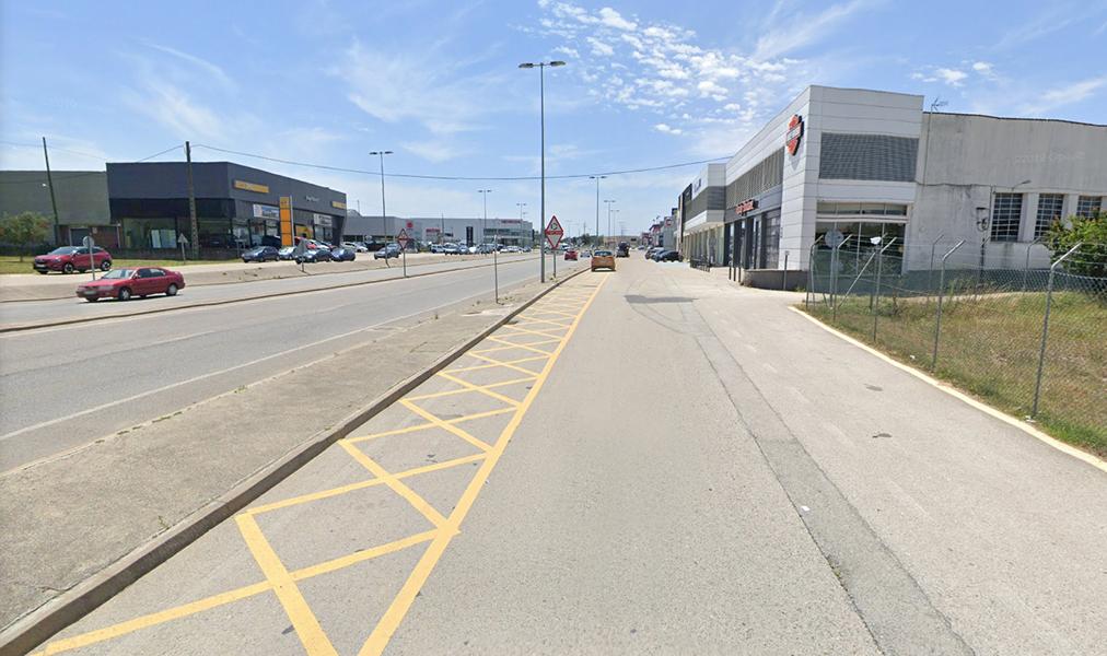 Els concessionaris de vehicles continuen amb els motors engegats