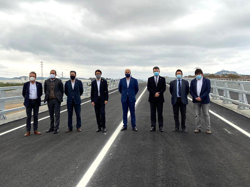 Obert el nou pont sobre la Tordera que connecta Blanes i Malgrat de Mar