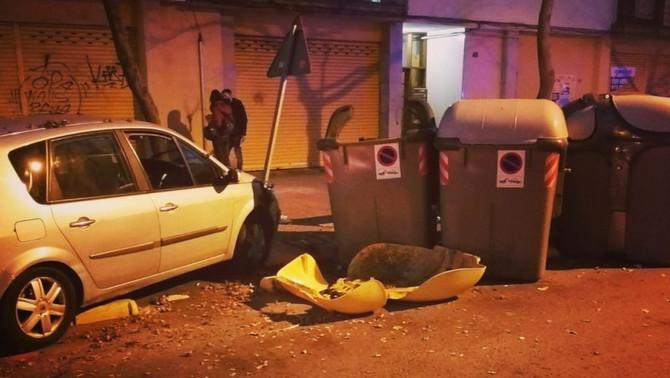 Detingut per saltar-se un control a Girona i causar danys a vehicles i mobiliari