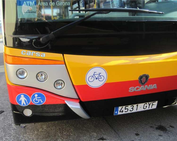 L'Ajuntament de Girona compra dos nous minibusos per a les línies de bus urbà L7 i L11