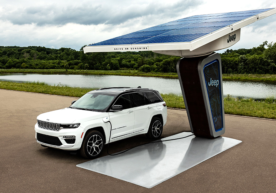 Jeep ensenya les primeres imatges del nou Grand Cherokee 4xe electrificat